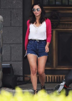 Olivia Munn - On the set of 'The Buddy Games' in Vancouver
