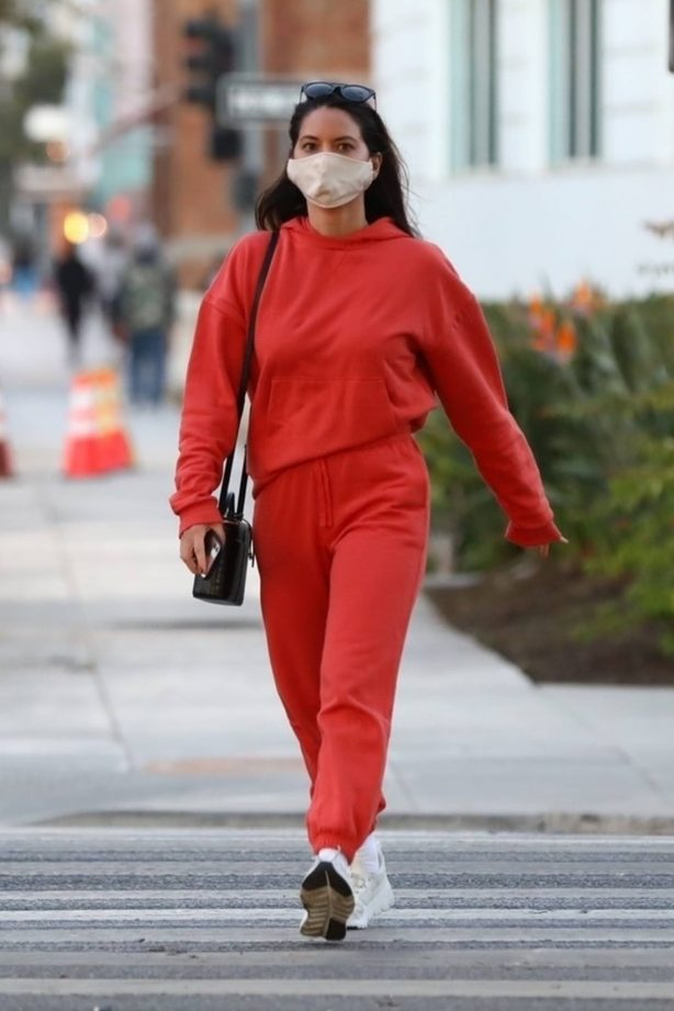 Olivia Munn - Spotted in her Tesla car in California