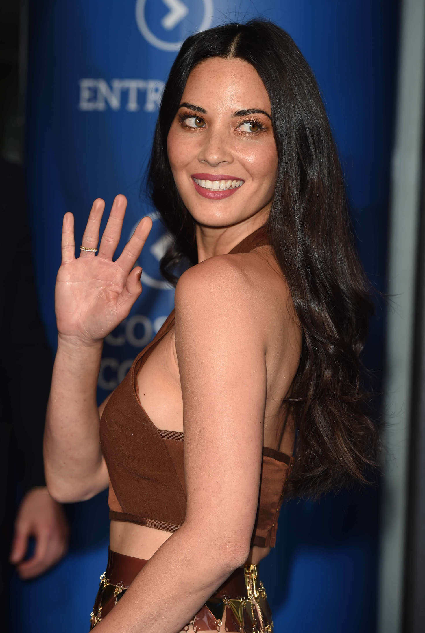 olivia men Superhero movie star olivia munn peels off to give fans a glimpse of her very special powers off-screen the 35-year-old actress — mind-reader psylocke in x-men.