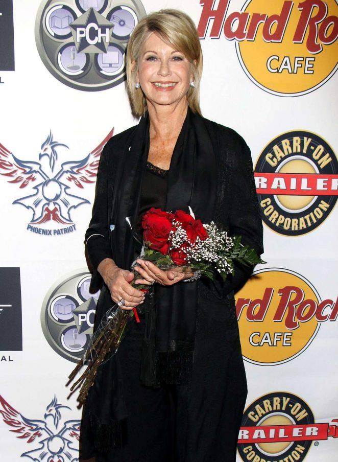 Olivia Newton-John - Fame Awards 2017 in Las Vegas