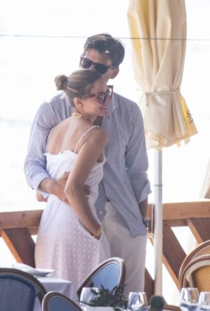 Olivia Palermo and husband Johannes Huebl - On vacation in Capri