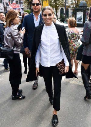Olivia Palermo - Arrives at L'Avenue Restaurant in Paris