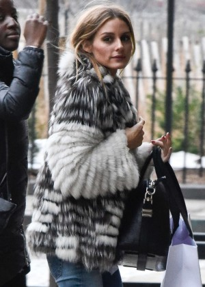 Olivia Palermo - Arriving to her Apartment in New York