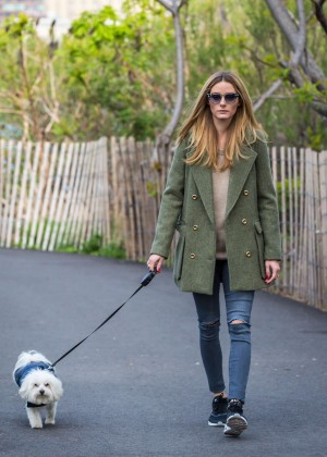 Olivia Palermo in jeans walking her dog in Brooklyn