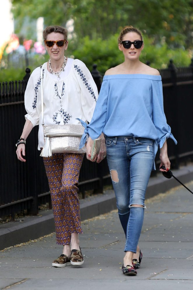 Olivia Palermo in Ripped Jeans -12