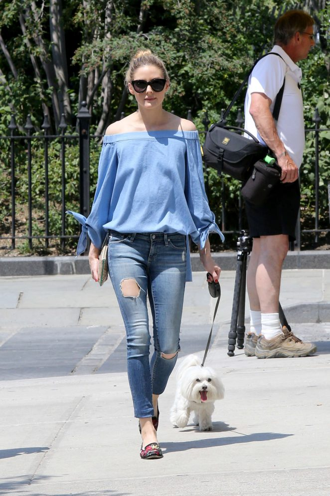 Olivia Palermo in Ripped Jeans -17