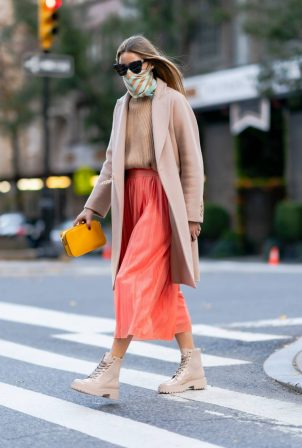 Olivia Palermo - On a stroll in New York
