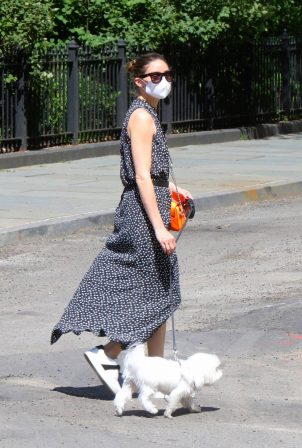 Olivia Palermo - Out for a walk with her dog Mr Butler in Downtown
