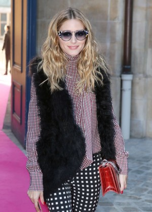 Olivia Palermo - Schiaparelli Spring Summer Fashion Show 2016 in Paris