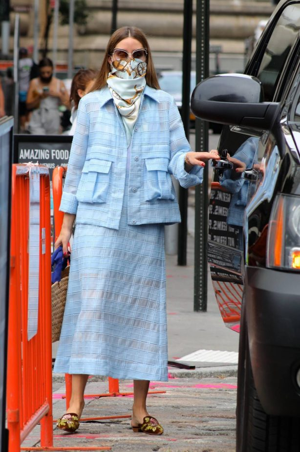 Olivia Palermo - Seen after business meeting in Manhattan
