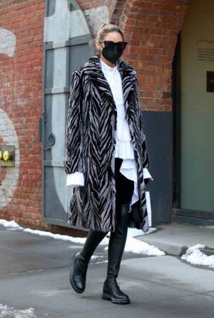 Olivia Palermo - Seen running errands in Dumbo - Brooklyn