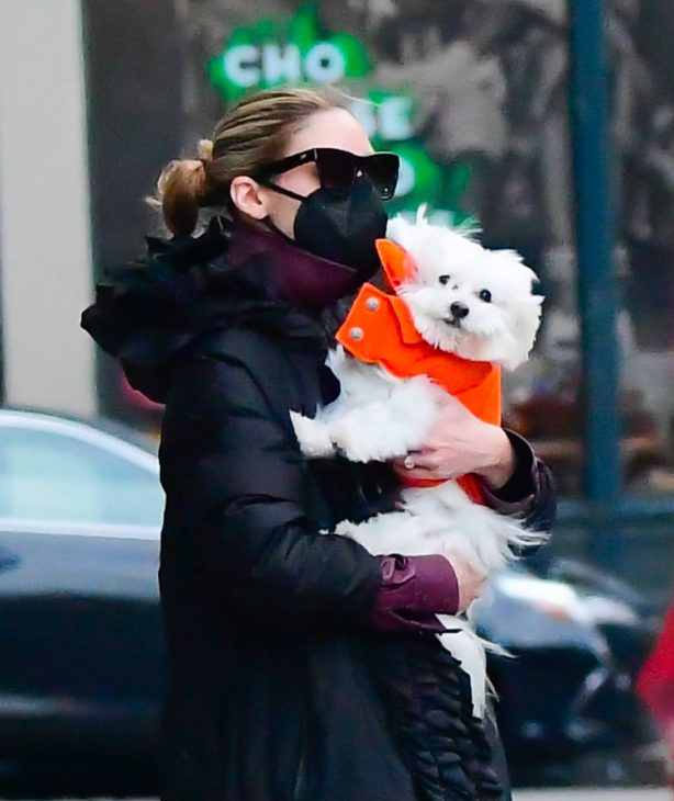 Olivia Palermo - Seen with her dog in New York