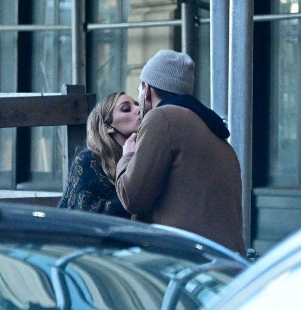 Olivia Palermo - Shares a kiss with Johannes Huebl in New York