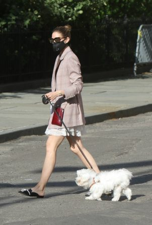 Olivia Palermo - Taking her dog for a walk in Brooklyn