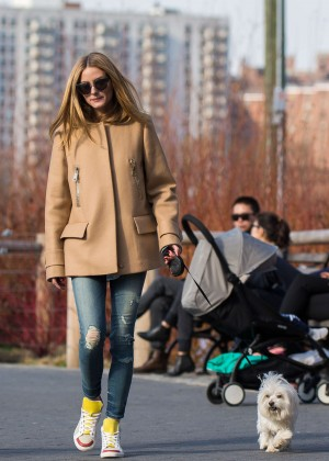 Olivia Palermo - Walking her dog in New York