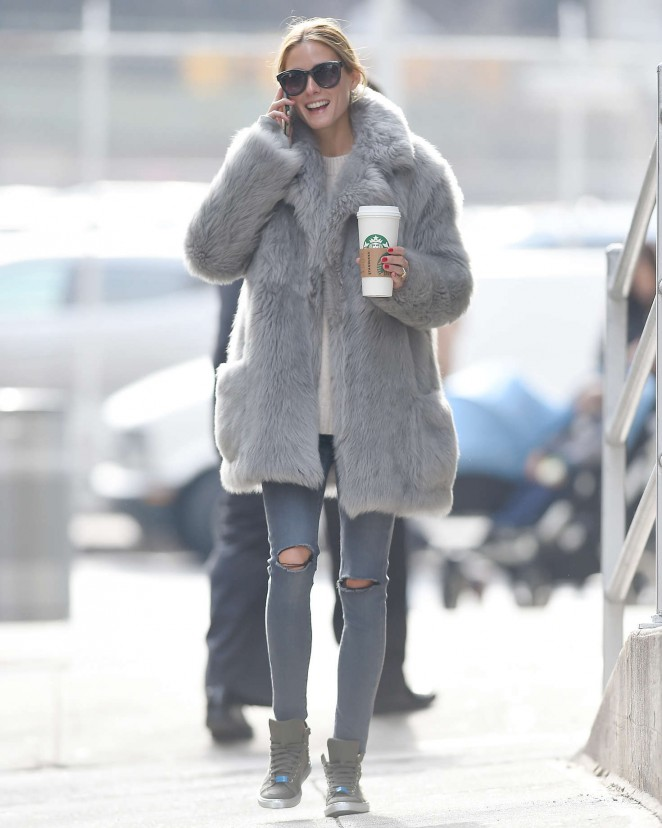 Olivia Palermo Wearing a grey fur coat -05