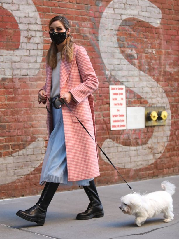 Olivia Palermo - Wearing a pink coat in Dumbo
