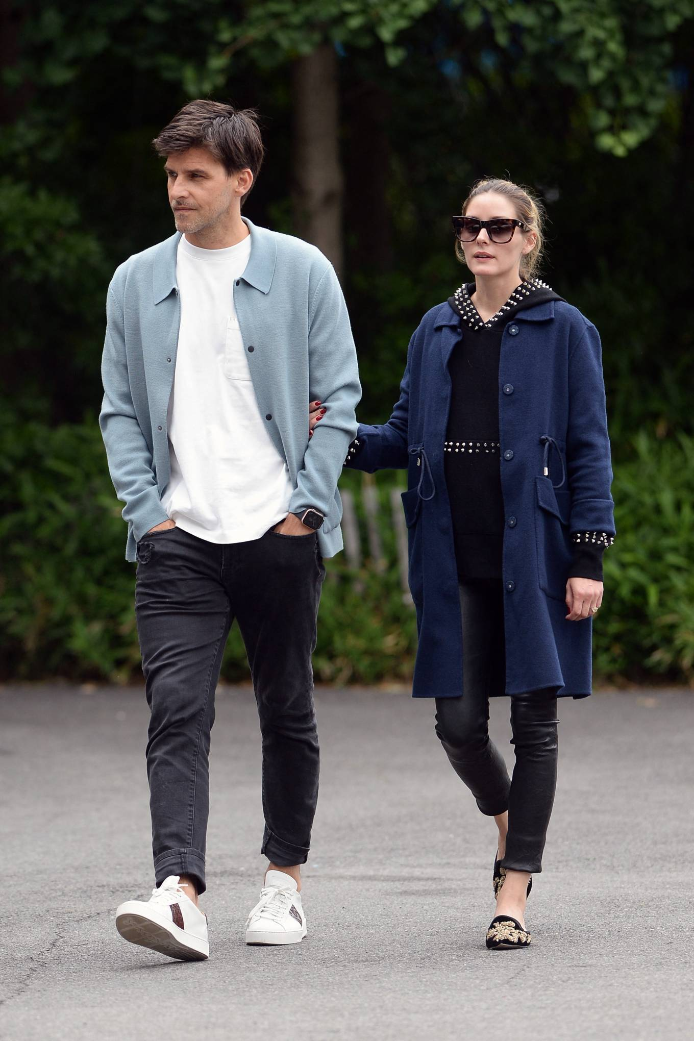 Olivia Palermo - With Johannes Huebl Take A Stroll By The River In Brooklyn
