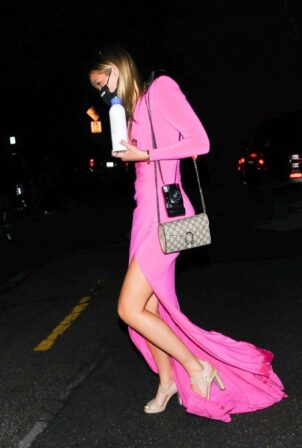 Olivia Ponton - In pink seen leaving a star-studded Oscars party in Bel Air