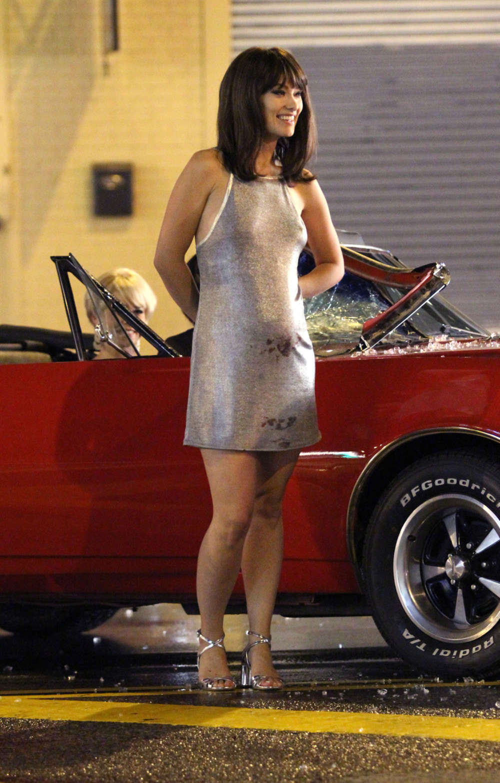 Olivia Wilde In Mini Dress On Vinyl Set 08 Gotceleb