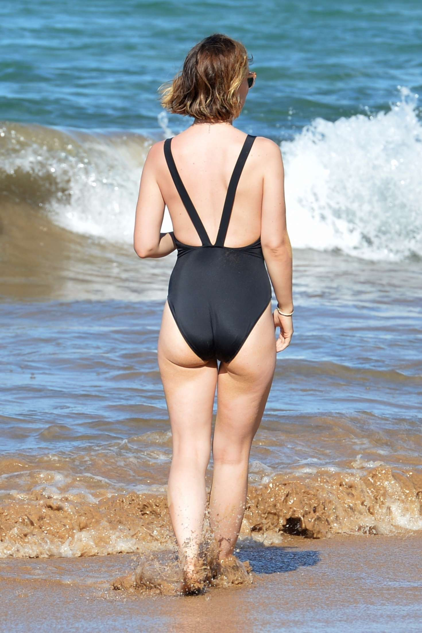 Olivia wilde in swimsuit 2017 07 gotceleb olivia wilde in swimsuit 2017 07 full size voltagebd Image collections