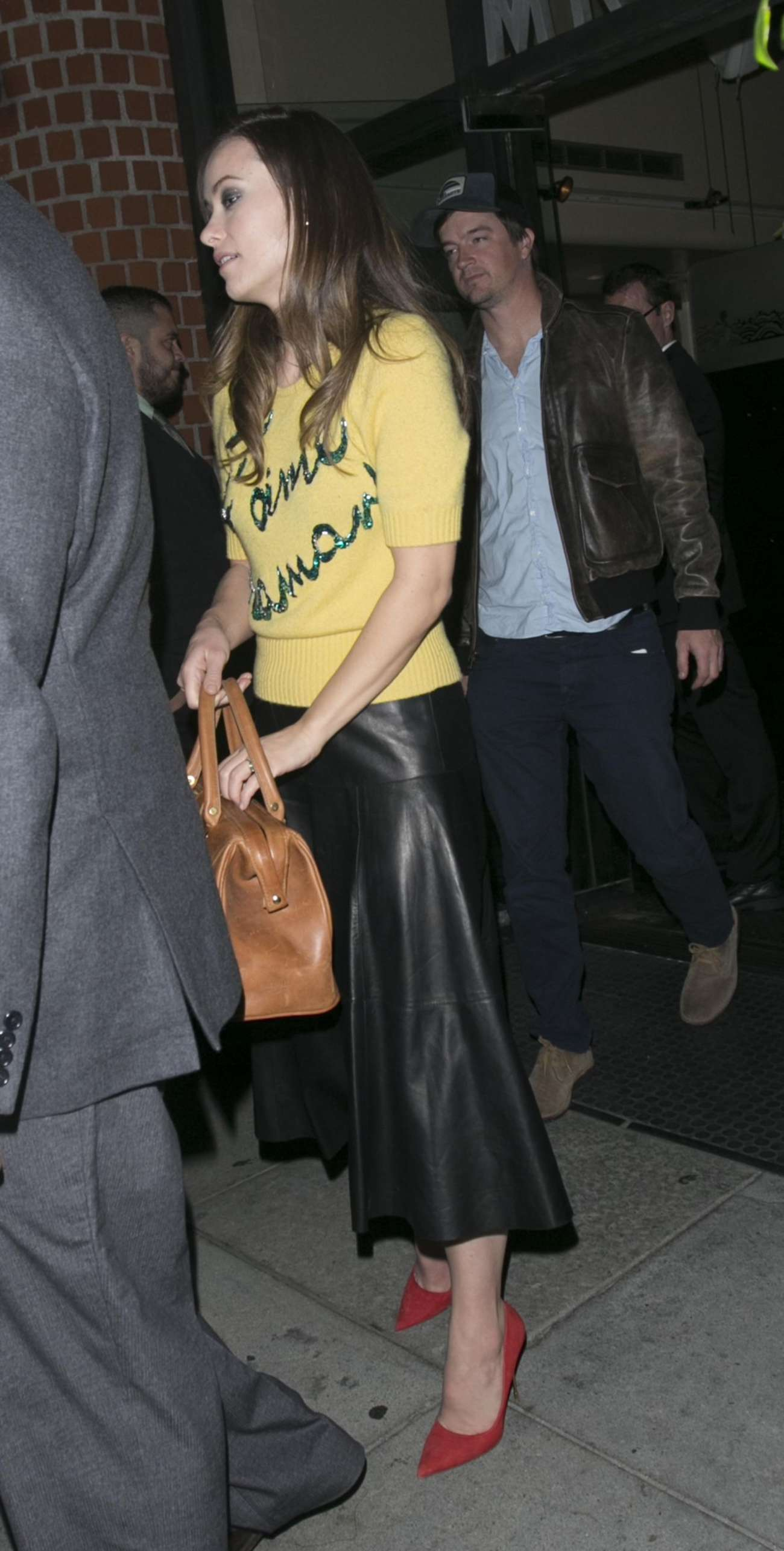 Olivia Wilde 2015 : Olivia Wilde in Leather Skirt -01