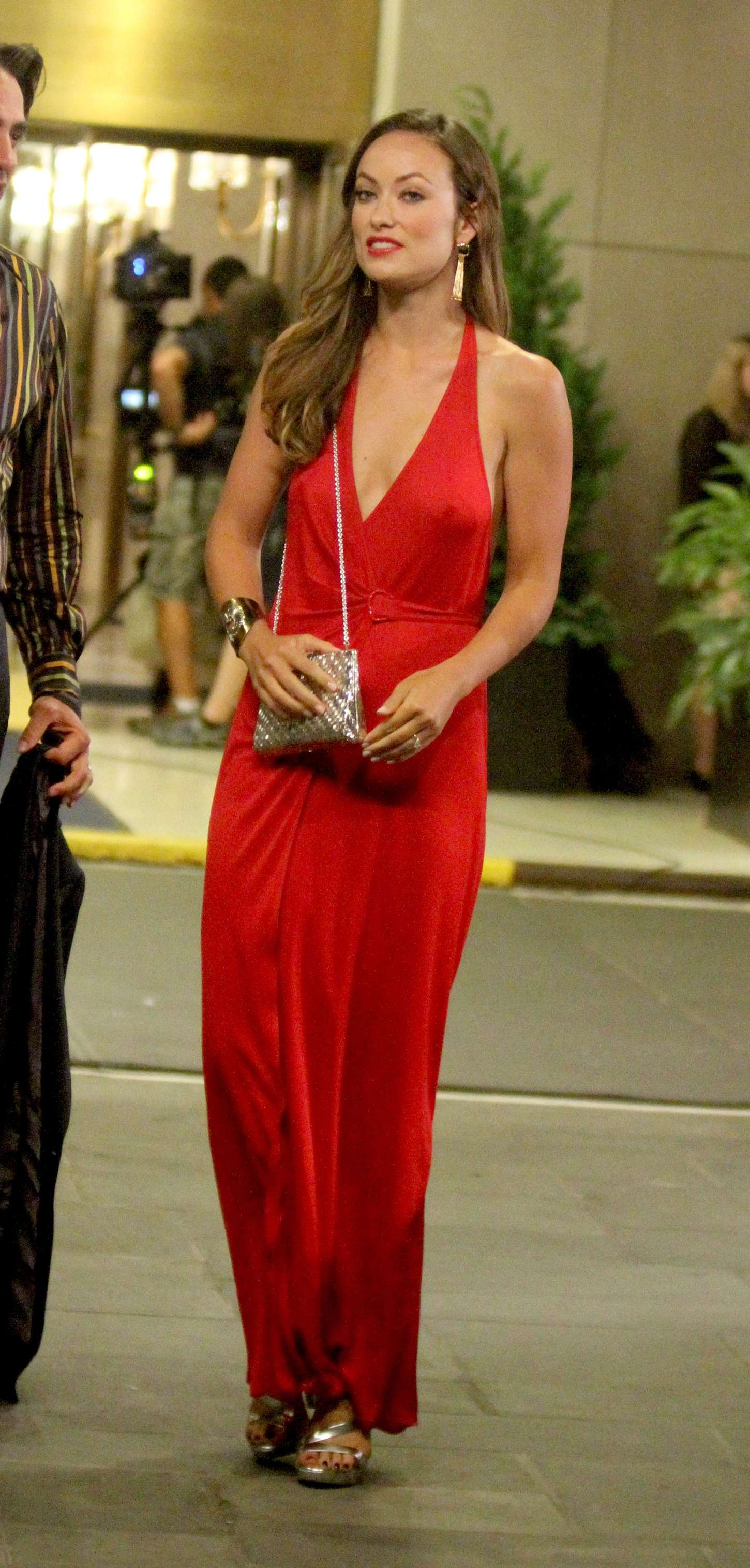 Olivia Wilde In Red Dress 15 Gotceleb