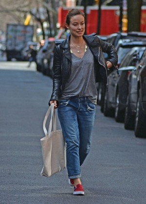 Olivia Wilde out for lunch in New York
