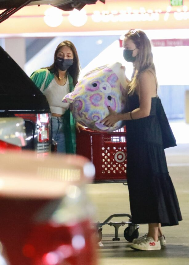 Olivia Wilde - Shopping with a friend at Target in Los Angeles