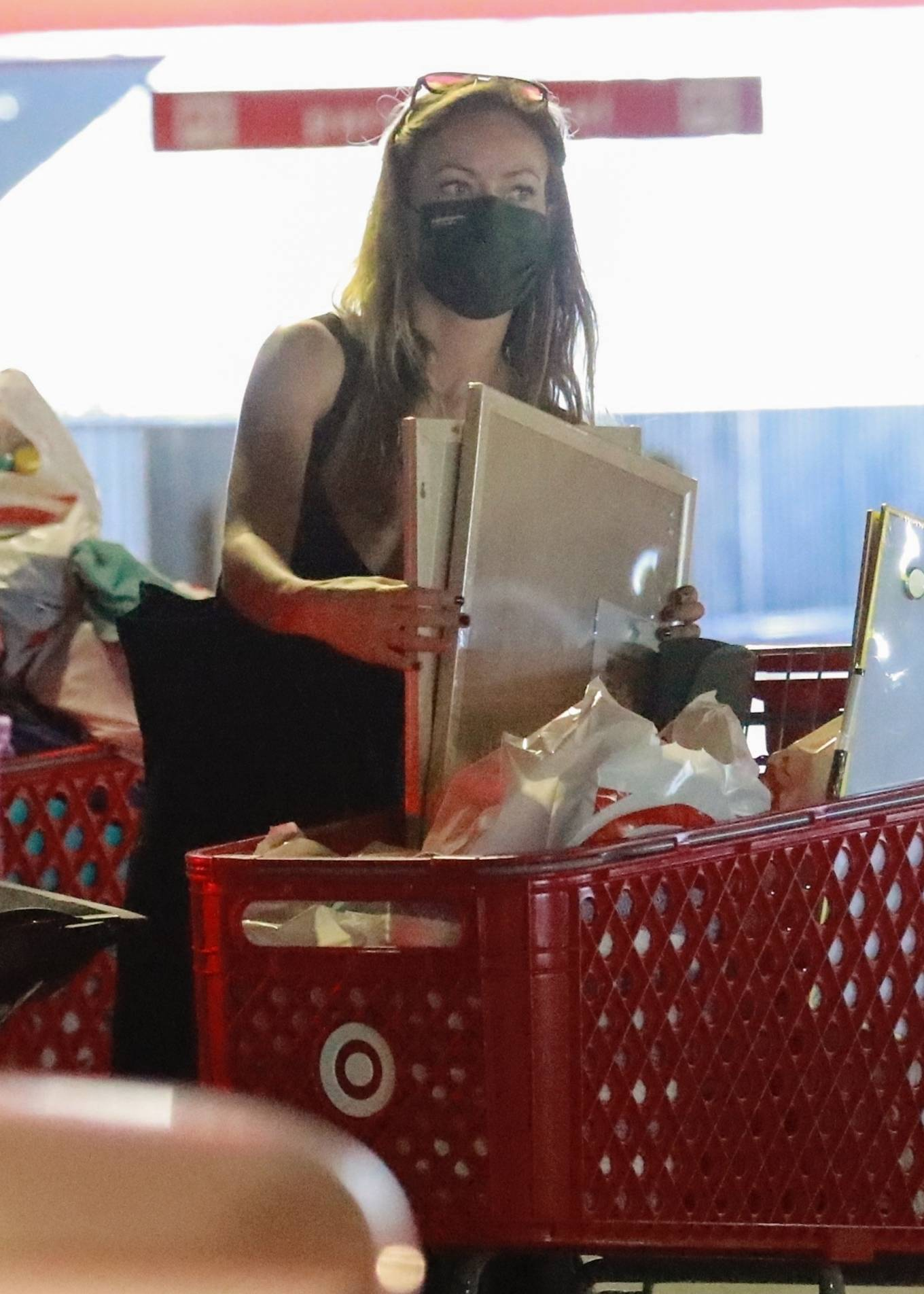 Olivia Wilde 2021 : Olivia Wilde – Shopping with a friend at Target in Los Angeles-09