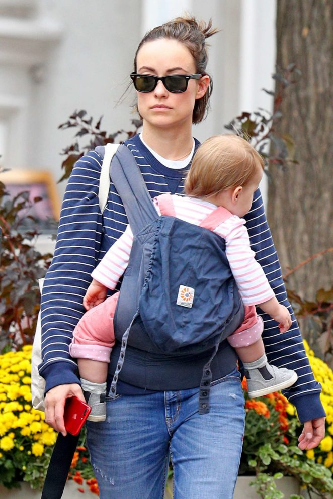Olivia Wilde - Spends the day with her daughter Daisy in NYC