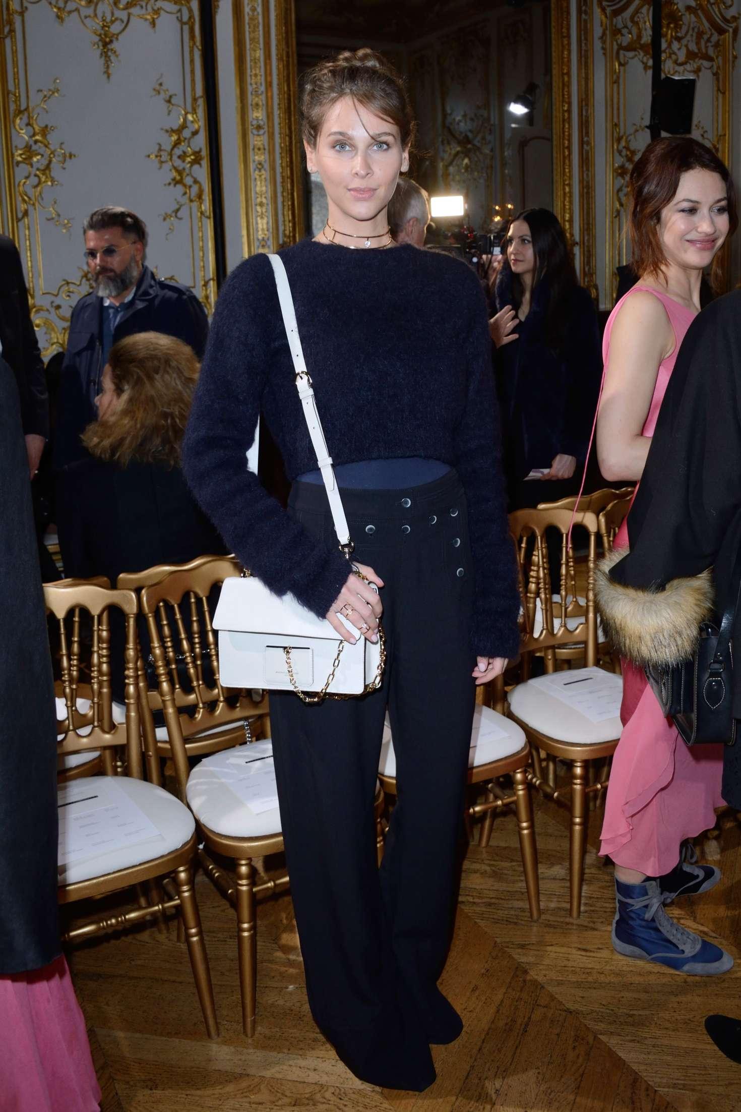 Watch Ophelie meunier john galliano fashion show in paris video
