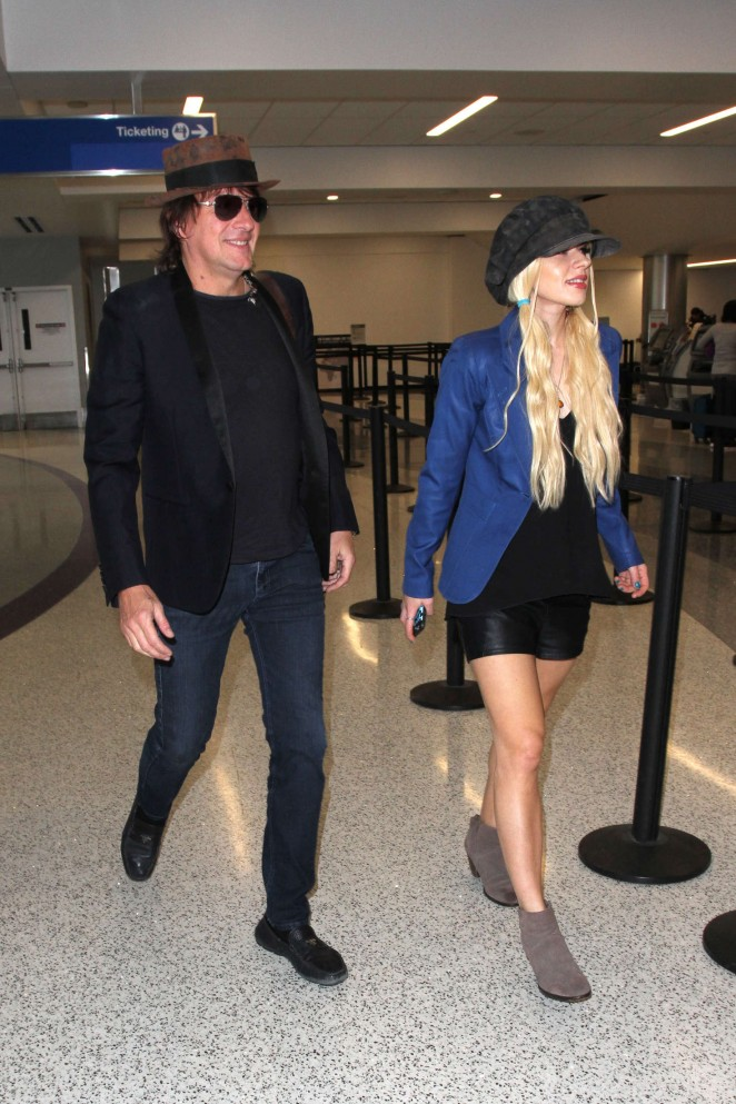 Orianthi at LAX Airport in Los Angeles -03