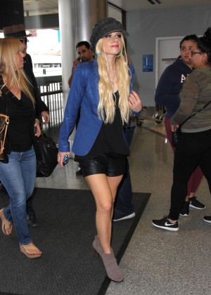 Orianthi at LAX Airport in Los Angeles