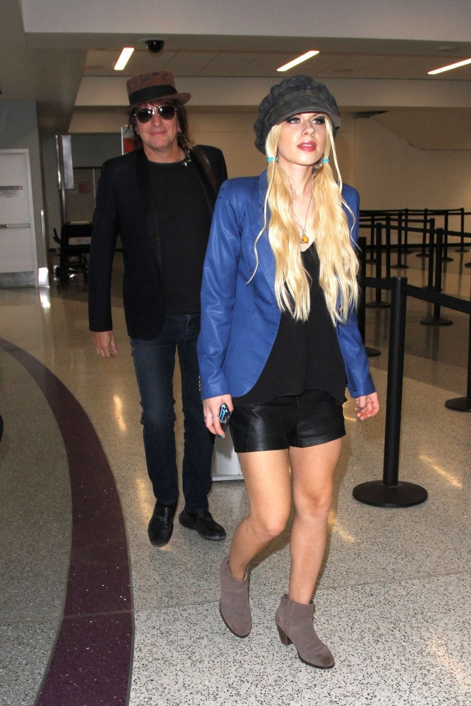 Orianthi at LAX Airport in Los Angeles -11