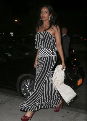 Padma Lakshmi - Arriving at her apartment in New York