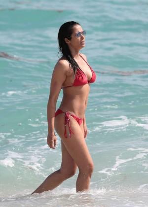 Padma Lakshmi 86 Hot Bikini Pics -13