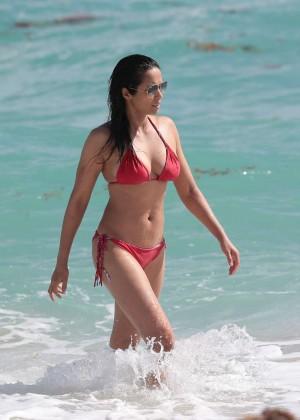 Padma Lakshmi 86 Hot Bikini Pics -14