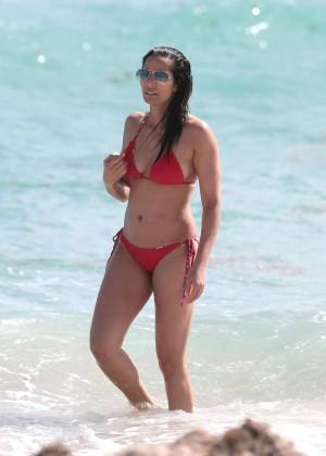 Padma Lakshmi 86 Hot Bikini Pics -39