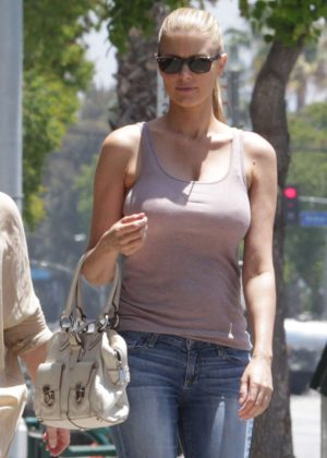 Paige Butcher in Jeans at Starbucks in Sherman Oaks