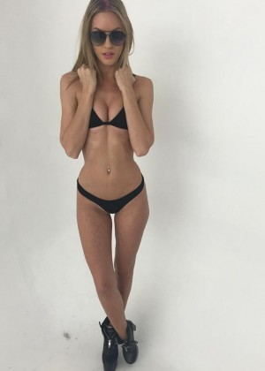 Paige Tiziani - Hot photos