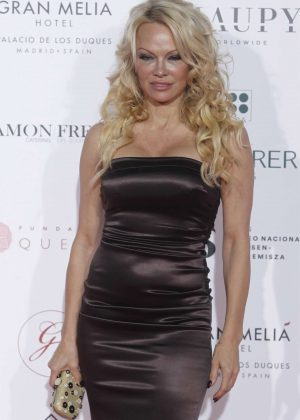 Pamela Anderson - 2018 Global Gift Gala in Madrid