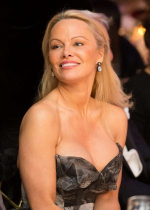 Pamela Anderson - 40th Best Award Gala in Paris