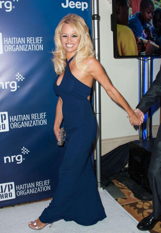 Pamela Anderson - 2015 Sean Penn & Friends HELP HAITI HOME Gala Benefiting in LA
