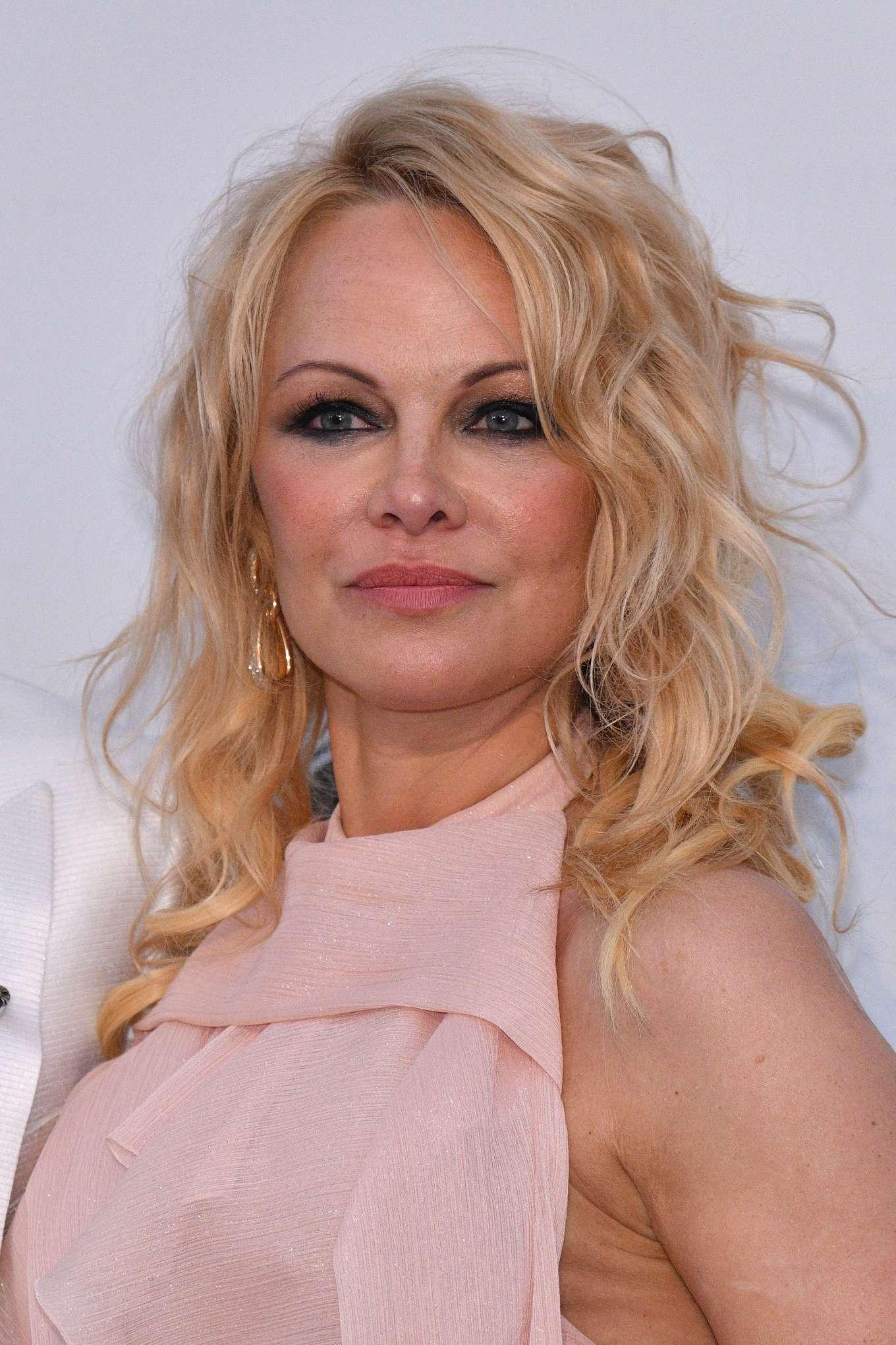 Pamela Anderson: amfARs 2019 Cinema Against AIDS Gala-02