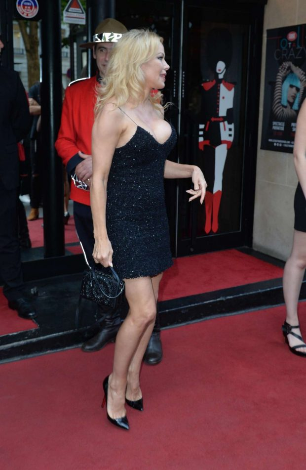 Pamela Anderson: Arrives at the premiere of the show Bionic Showgirl-04