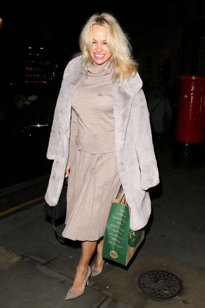 Pamela Anderson at the Ecuadorian Embassy in London -06