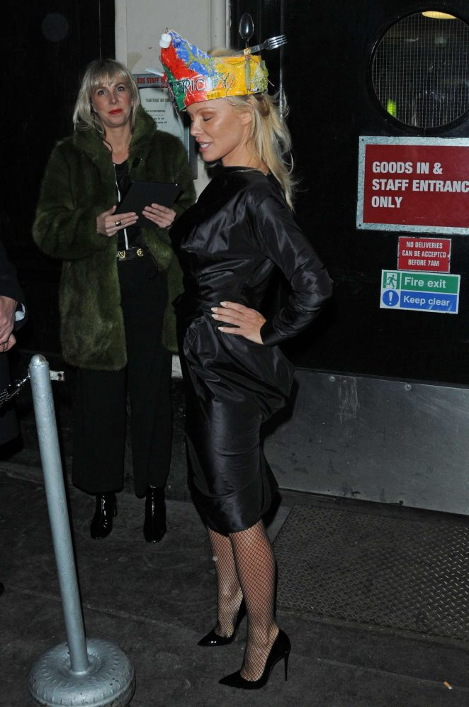 Pamela Anderson at Vivienne Westwoods Fashion club night -04