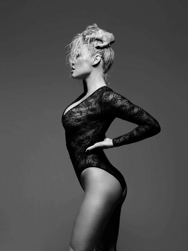 Pamela Anderson: Bondage Photoshoot for Coco de Mer Line 2017 -05