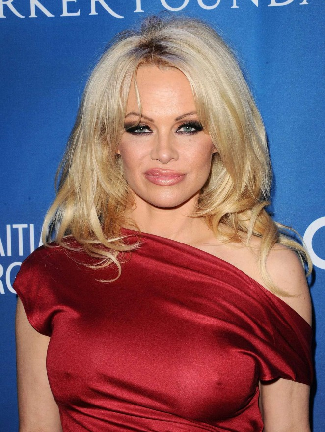 Pamela Anderson - Gala Benefiting Haiti Relief in Beverly Hills